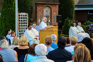 Summer outdoor Mass